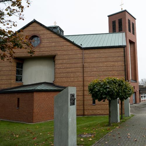Kirche St. Marien in Hamm Außenansicht seitlich